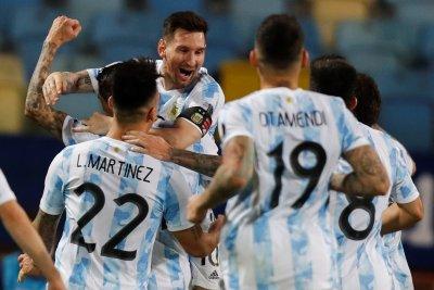 Аржентина и Меси минаха през Еквадор на Копа Америка