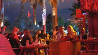 Гърция затяга мерките - без танци в заведенията