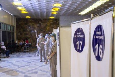 Над 700 жертви на коронавируса в Русия за последното денонощие