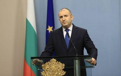 Радев за годишнината от протестите: Месеци наред хиляди българи на площадите отстояваха държавността