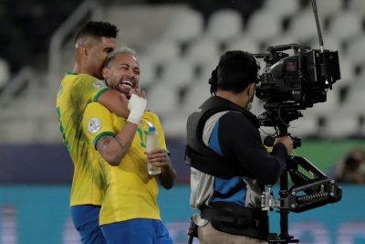 Бразилия срази Перу и очаква съперника си за титлата на Копа Америка
