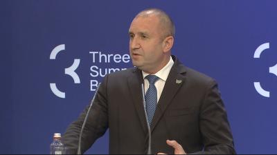 """Заключителен ден на """"Три морета"""": Президентът призова за по-ефективна борба с корупцията"""