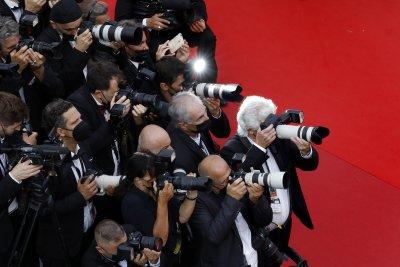 Кино и блясък: Червеният килим в Кан (Снимки)