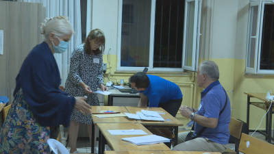 От специалните ни пратеници: При 55% обработени протоколи в Турция ДПС получава 89% от гласовете