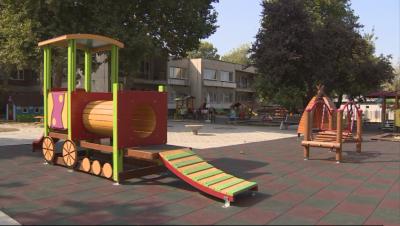 Едва 11,5% от детските градини са провеждали занимания от дистанция без проблеми