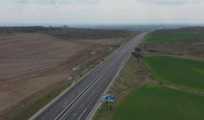 """Възстановяват движението по магистрала """"Тракия"""" между Чирпан и Стара Загора"""