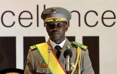 Опит за покушение срещу президента на Мали