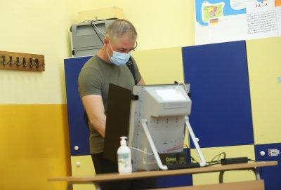 Само в две секции в област Добрич има проблем с машинния вот