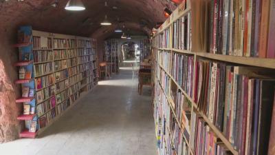 Създадоха библиотека от изхвърлени книги в Турция
