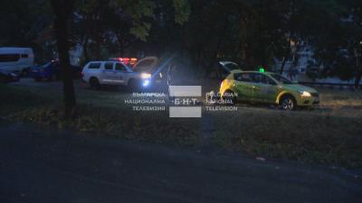 42 сигнала след силната буря в София - закъсали автомобили и наводнени метростанции (ВИДЕО)