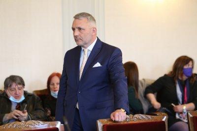 Хаджигенов: В първия работен ден на НС внасяме искане за изслушване на Рашков и Стоилов