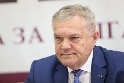 Румен Петков обвини ИТН и ГЕРБ, че бягат от отговорност