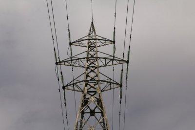 КЕВР прие нова методика за цените на тока за бизнеса