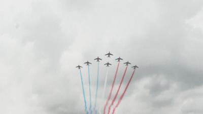 С публика и парад Франция отбелязва националния си празник