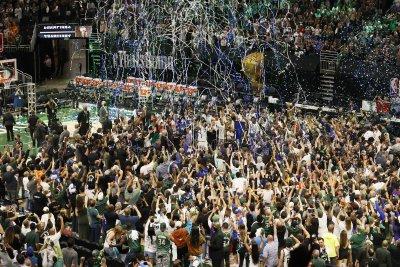 След 50-годишна пауза Милуоки триумфира в НБА (Снимки)