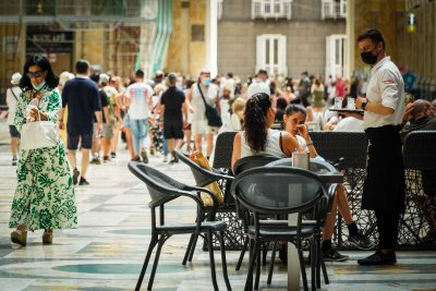 """Италия въвежда """"зелен пропуск"""" за достъп до услуги и дейности"""