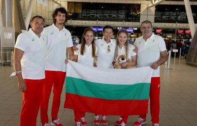 Всички членове на българската делгеация са с отрицателни тестове