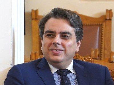 """Асен Василев: Три пъти ме каниха """"Има такъв народ"""", сега решиха, че съм проблемен"""
