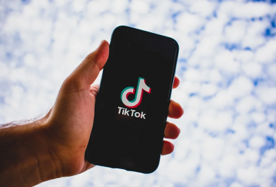 Нидерландия глоби ТикТок със 750 000 евро заради недостатък в поверителността