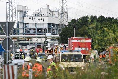 Експлозия в химически завод в Германия (Снимки)