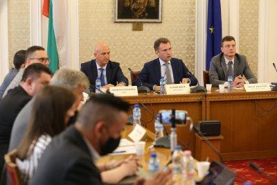 """Скандал в първото заседание на комисията за """"Росенец"""""""