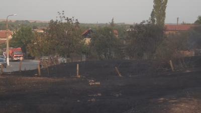 10 души са евакуирани от Старосел заради пожара