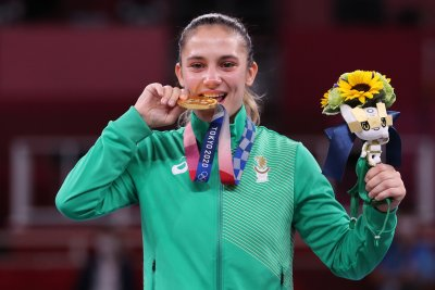 Защо само жени носят медали за България от игрите в Токио
