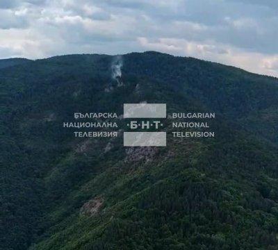 Пожарът над Югово се разгоря отново (Видео)