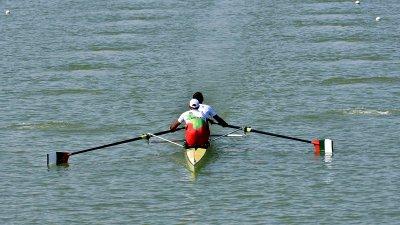Две български лодки на 1/2-финалите на Световното по гребане в Пловдив