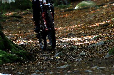 14-годишно момче почина след тежко падане на колоездачно състезание в Ботевград