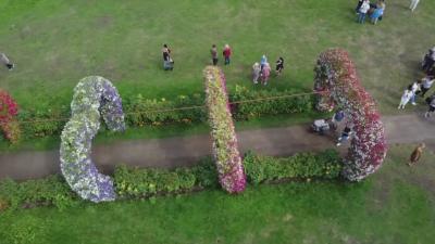 Фестивал на цветята в Литва, вдъхновен от Шекспир