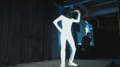 Мъск показа робот, който ще помага при тежка физическа работа