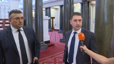 Маринов и Терзийски са готови да поемат отговорност, ако се докаже тяхна вина за упражненото насилие