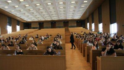 Велико Търново учреди 15 стипендии за студенти по медицина
