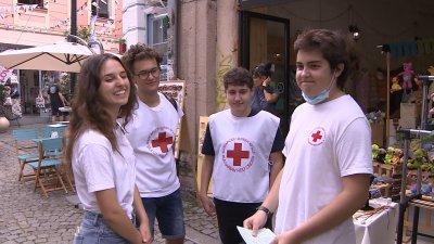Доброволци от Пловдив се включиха в кампания за ползите от ваксинацията
