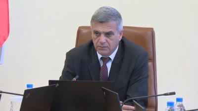 Стефан Янев: Ситуацията с пожара над Югово е овладяна