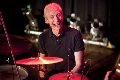 "Почина барабанистът на ""Ролинг Стоунс"" Чарли Уотс"
