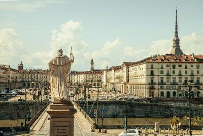 """Пет италиански града искат да са домакин на """"Евровизия 2022"""""""