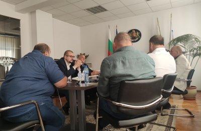 Министри обсъдиха въвеждането на COVID мерки за футболни срещи