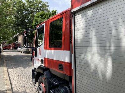 Авариен автомобил на пожарната в Пловдив катастрофира, има пострадал служител