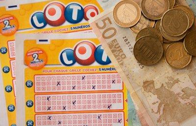Откраднаха фиш с печалба за 500 000 евро в Неапол