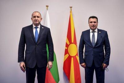"""Радев: България очаква правни гаранции за """"необратимост"""" в отношенията София - Скопие"""