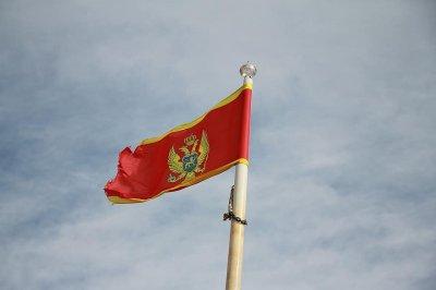 Сръбският патриарх заобиколи с хеликоптер протестиращите в Черна гора