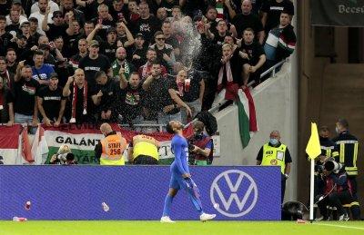 ФИФА ще разследва действията на унгарските фенове срещу Англия