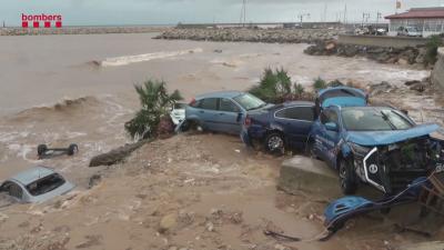 Наводнения в Испания, 7000 домакинства са без ток