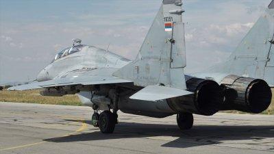 Сръбски МиГ-29 се пребазираха в Граф Игнатиево за участие в съвместни полети над море