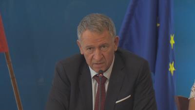 Министър Кацаров: Прилагаме новитe мерки, принудени от ситуацията