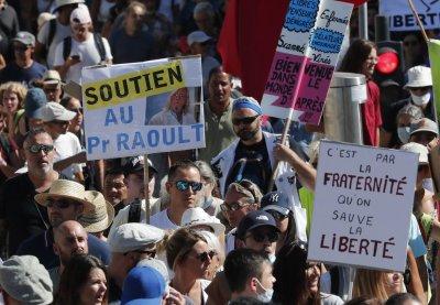 Отново хиляди излязоха на протест срещу COVID мерките в Европа
