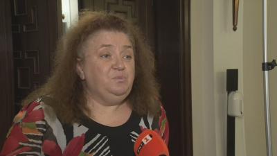 Проф. Александрова: Не бива да допускаме свободното разпространение на вируса