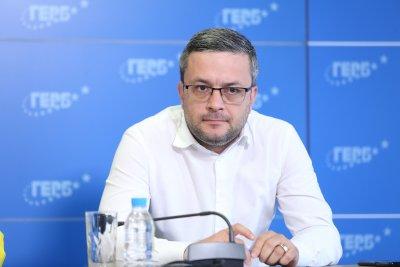 Тома Биков, ГЕРБ: Обсъждаме кандидати за президент, мисли се и за Петър Стоянов
